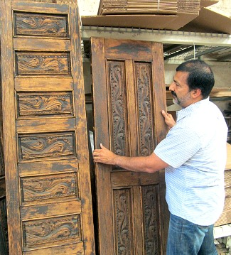 Jesse DeLeonu0027s Crew At Tierra Dulce Will Use These Antique Mexican Doors To  Make Rustic Furniture