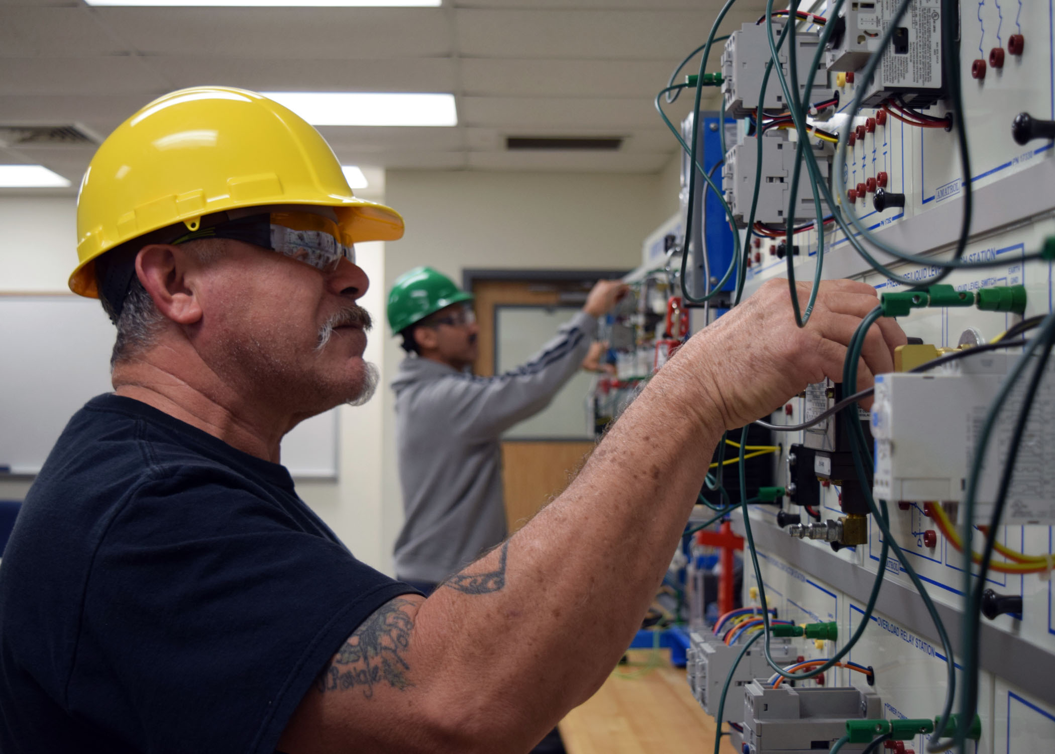 Terrific Tstc Offers Its First Nccer Electrical Course Valley Business Report Wiring Cloud Hisonuggs Outletorg