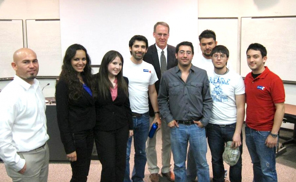 Winners and judges of the fourth annual Business Plan Contest at the University of Texas Rio Grande Valley. (VBR)