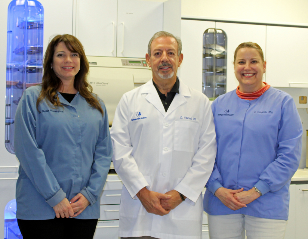 Dr. Juan D. Villarreal (center) with Dr. Denise Hausenfluck and Dr. Vivian Teegardin. (VBR)