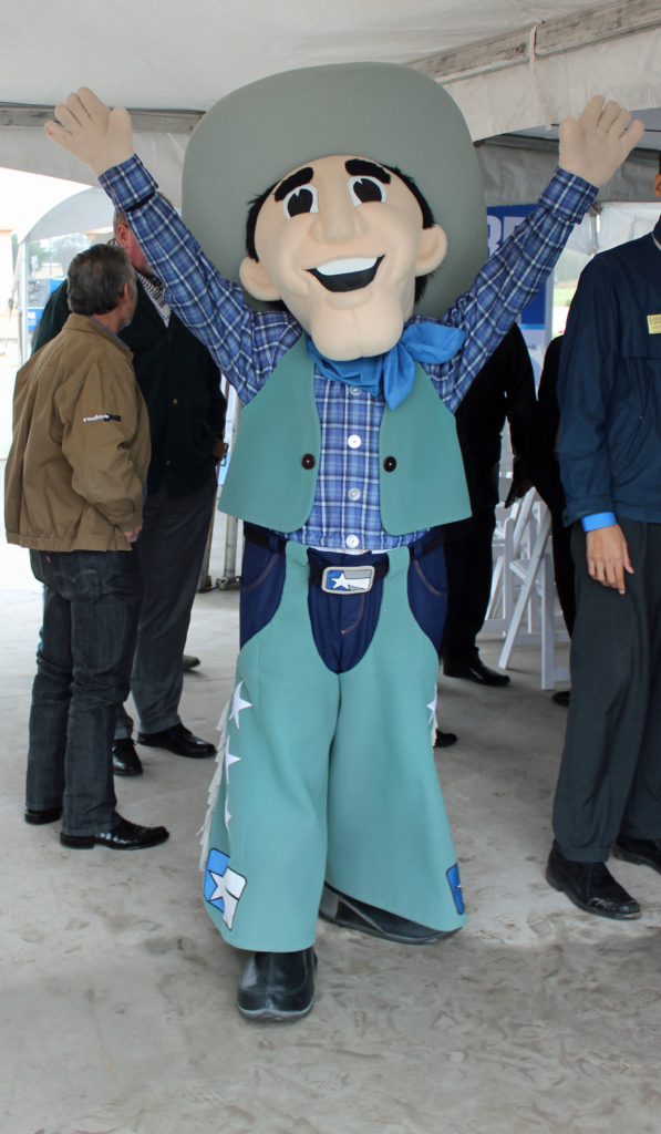 Lone Star National Bank's mascot Cowboy Cash greeted dignitaries at the groundbreaking. (VBR)