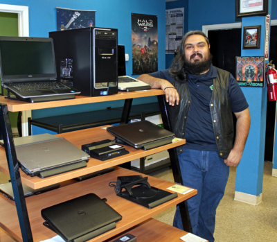 Joe Herrera is co-manager of RDA Technologies' retail outlet in Brownsville. (VBR)