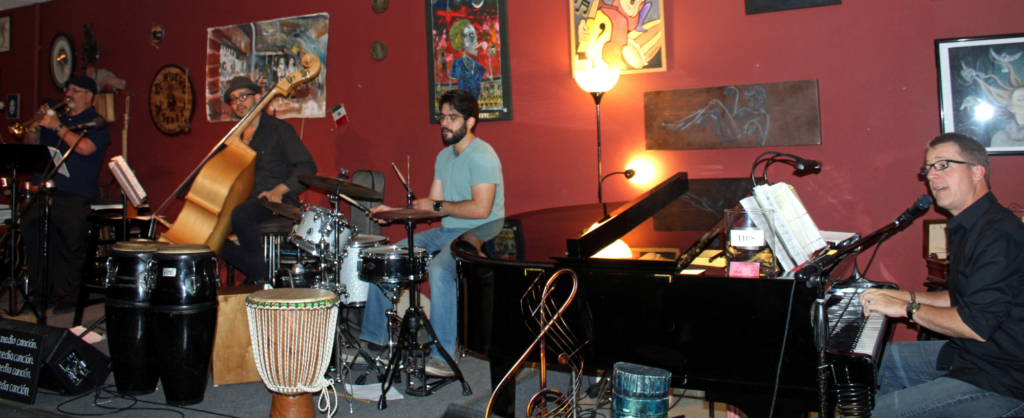 A house band plays every Tuesday at El Hueso de Fraile in downtown Brownsville. (VBR)