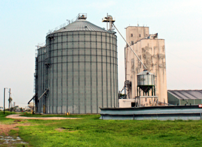 Silos store agricultural fertilizer to be used on South Texas crops, and a grain elevator holds grain sorghum grown in the Valley. (VBR)