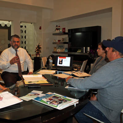 Business consultant Michael Wilson meets with a group of aspiring entrepreneurs to discuss how to develop a solid business plan. (VBR)