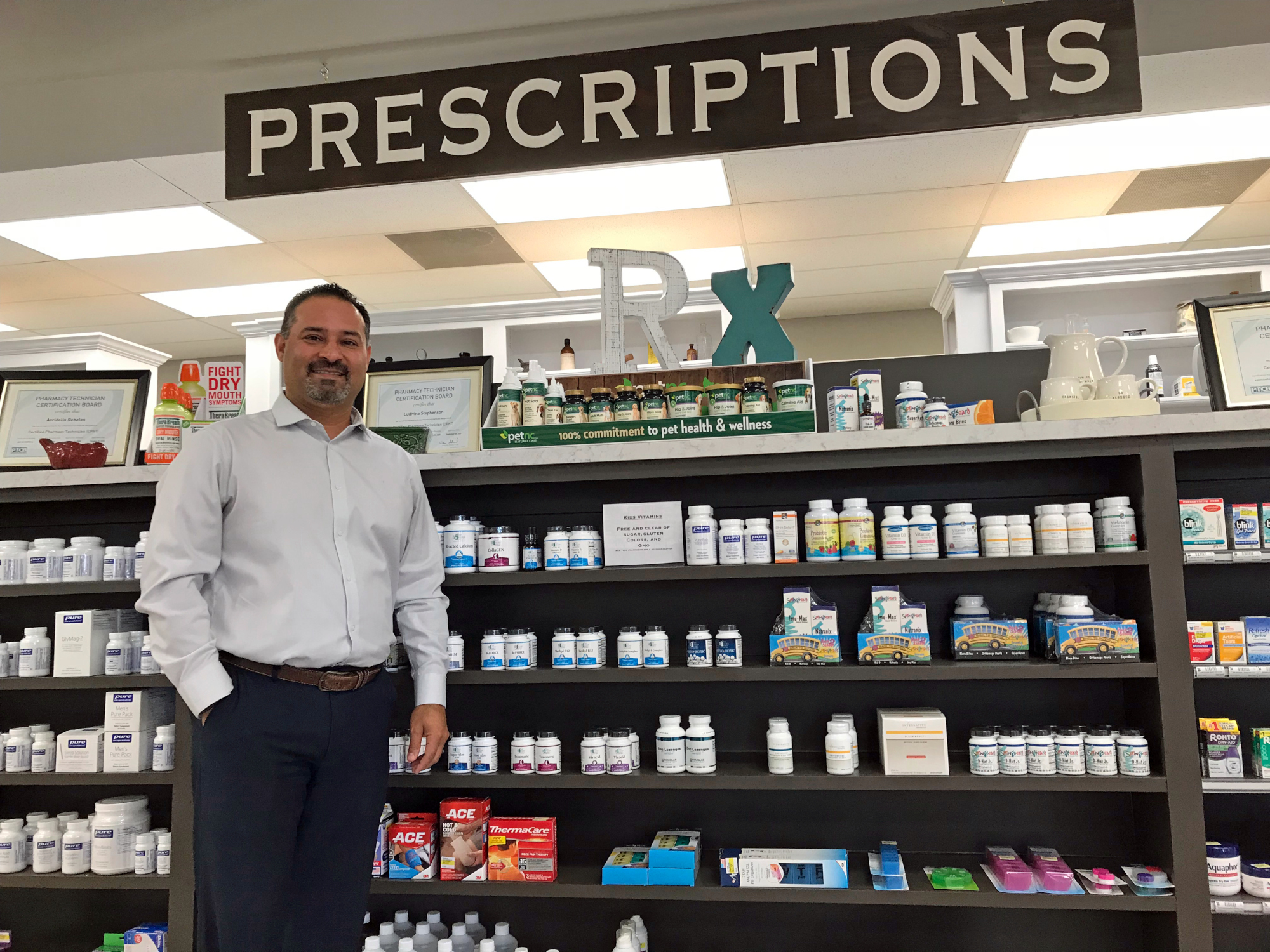 Adrian Cervantes parlayed the success of Mid-Valley Pharmacy into another business, RGV Hometown Pharmacy in Harlingen. (VBR)