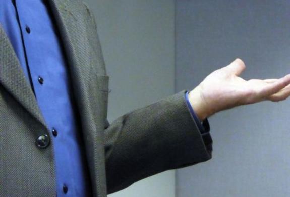 Workplace conflict boy language (photo Linnaea Mallette, publicdomainpictures.net)