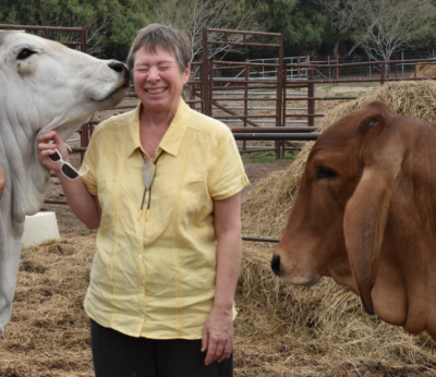 A visitor to La Muneca Ranch receives a surprisingly warm welcome. (Photo Anita Westervelt)