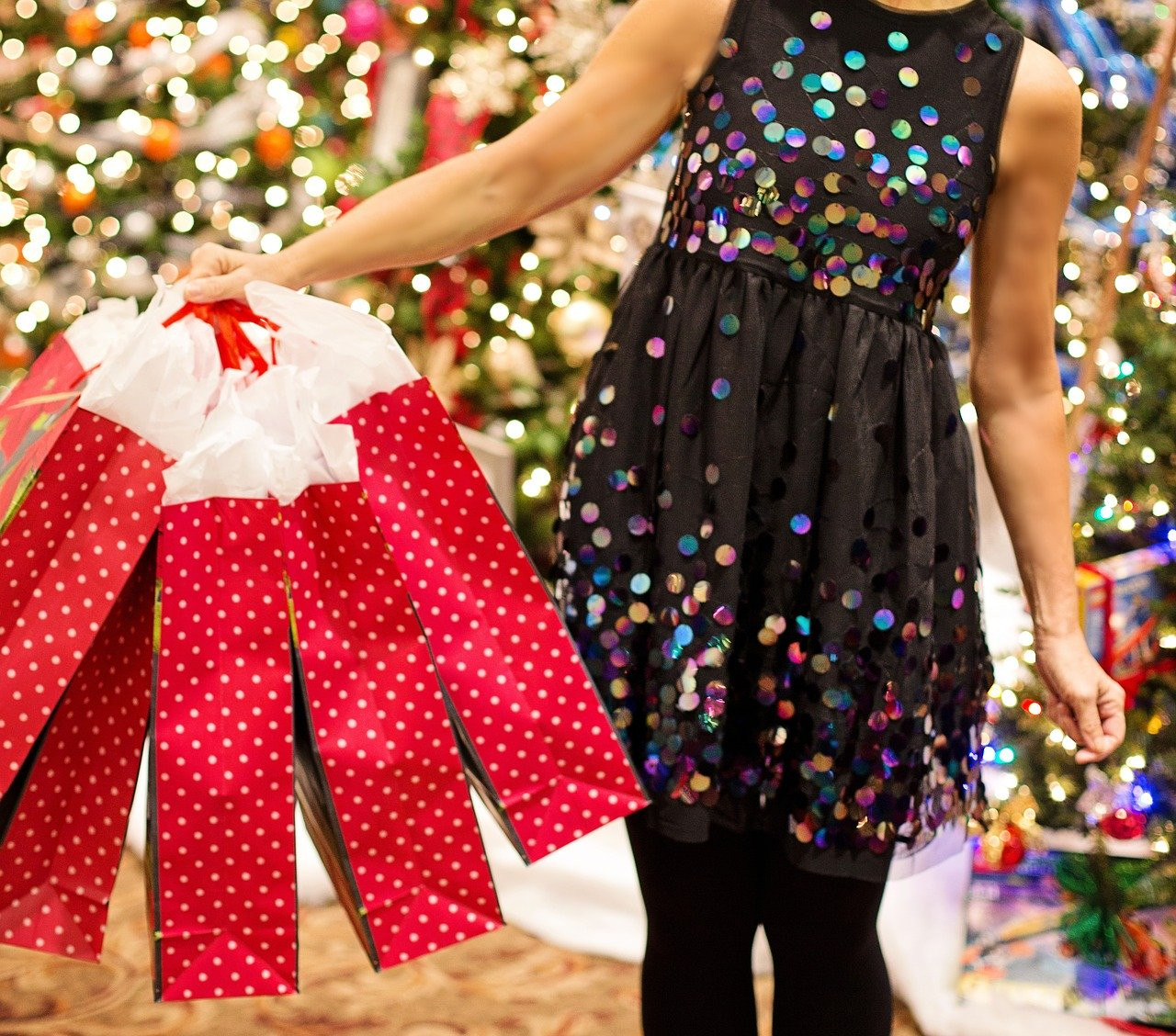 Plan specials, treats and events to lure in holiday shoppers.