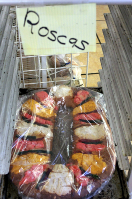 A Rosca de Reyes on display at Ayala's.