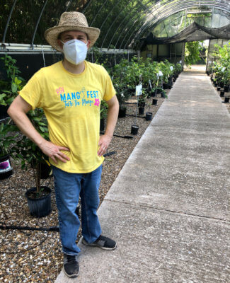 Jason Hess is an enthusiast for growing fruit trees in the Rio Grande Valley.